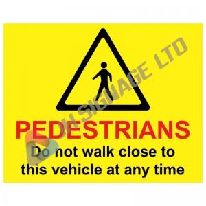 FORS0013_Pedestrians_do_not_walk_close_vehicle